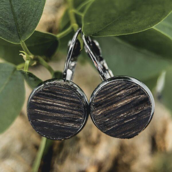 Dřevěné náušnice z bahenního dubu