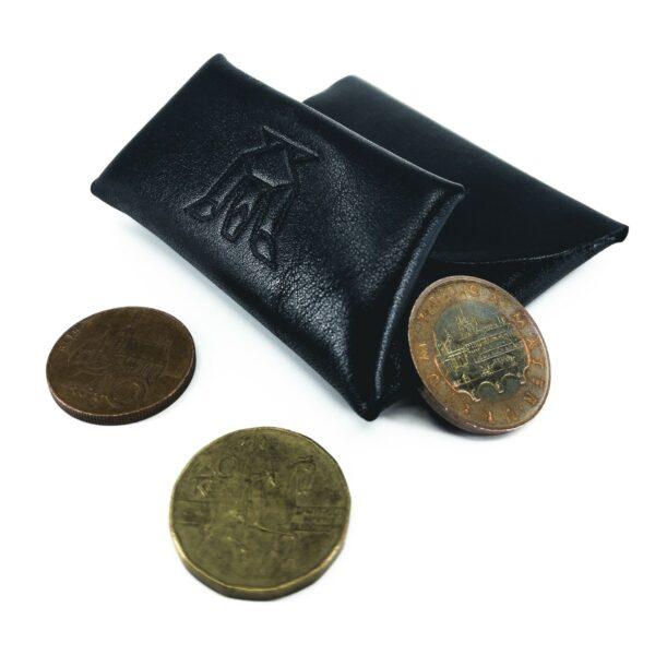 Černý kožený mincovník